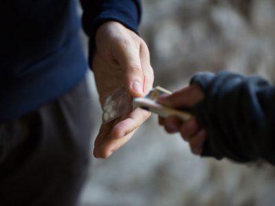 סחר בסמים – מה לעשות בעת חקירה משטרתית?